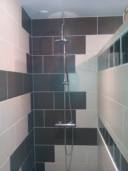Fa ence sur douche l 39 italienne salle de bain pinterest for Douche italienne faience