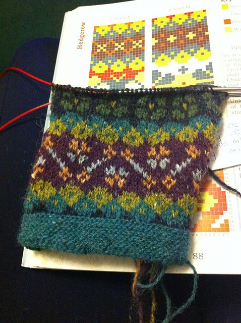 Ravelry: Project Gallery for Hedgerow pattern by Ann Kingstone