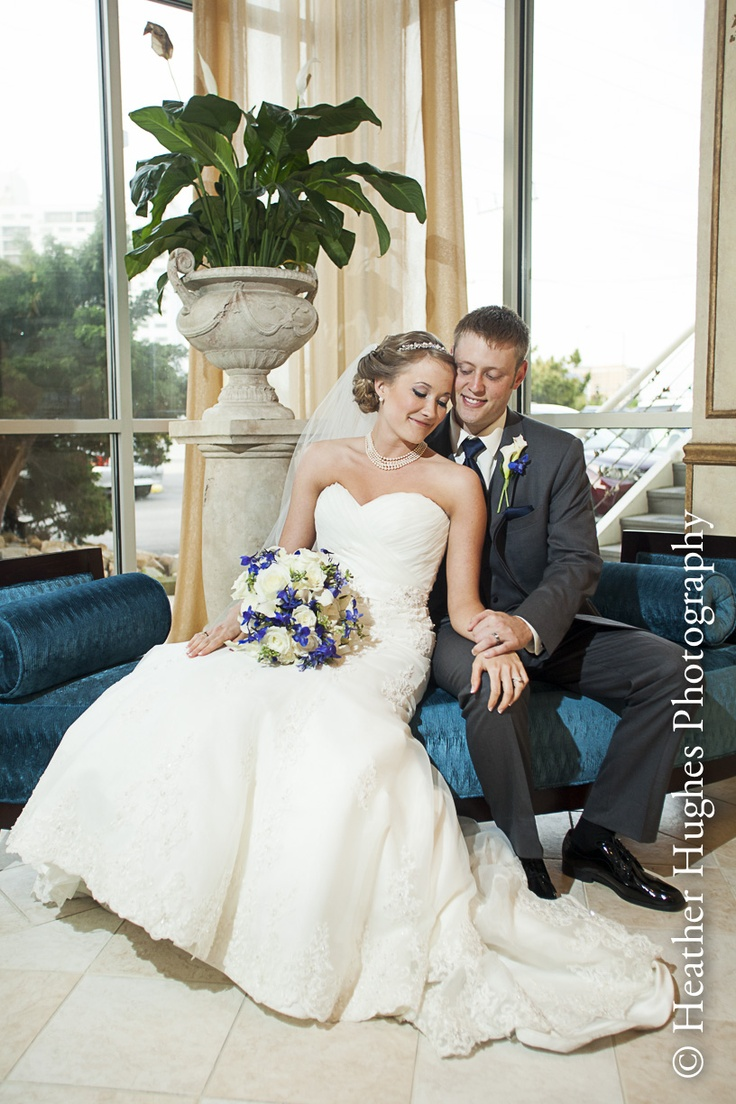 Lesner Inn wedding portrait by Heather Hughes Photography. Even when the weather is great outside, there are wonderful indoor portrait opportunities here too.