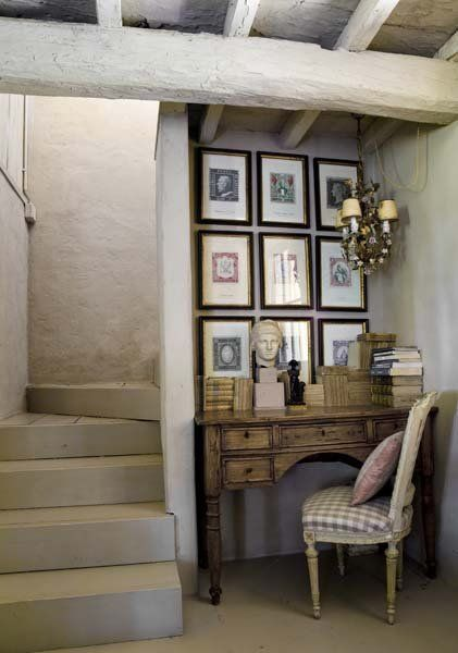 study nook ... love how the art fills the space completely :)