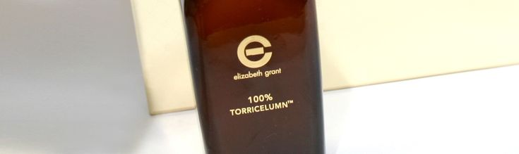 Mit Trockenöl und 100 % Torricelumn gegen schuppige Haut – ELIZABETH GRANT Cell Active Pflege-Duo im Test