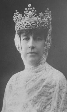 Helene of Orleans Duchess of Aosta. (1871-1951) S: Emanuele Filiberto 2nd Duke. Had issue. House of Orleans. Catholic.
