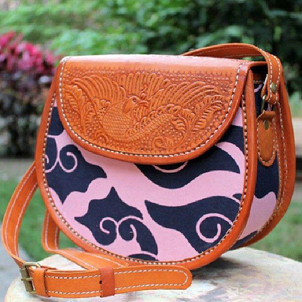 GK010 Premium Leather Bag - IDR 400.000