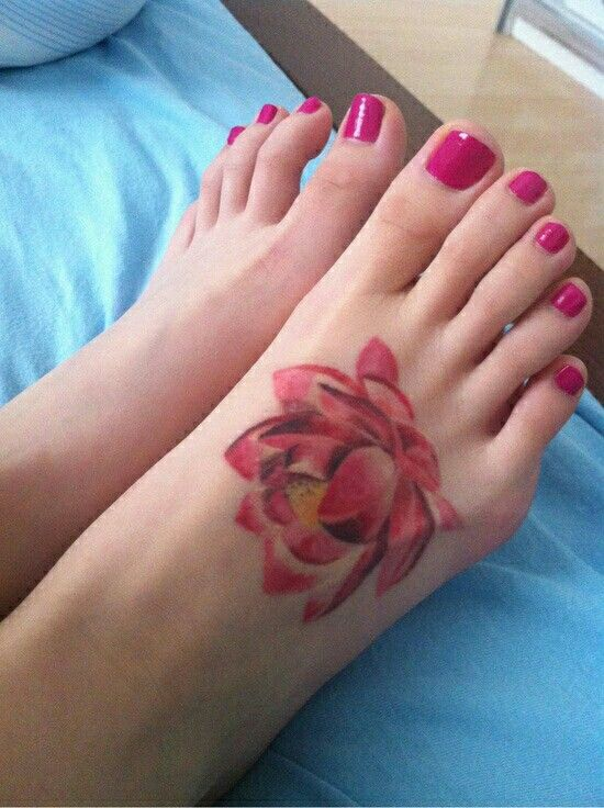 Long slender feet and toes red nails why do women with for What do i put on a new tattoo