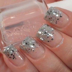 Glitter gradient using Essie- Sugar Daddy & Set in Stones and Chinaglaze- Glistening Snow