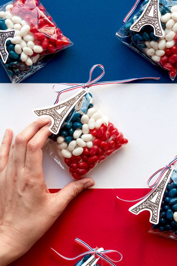 Free Eiffel Tower Tag Printables -   Swap the candy for dog treats for a pawesome Bastille Day doggie bag for your dog guests. :)