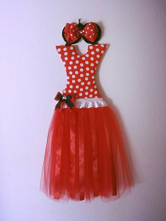 Bow Holder Hey, I found this really awesome Etsy listing at https://www.etsy.com/listing/191904702/minnie-mouse-tutu-bow-holder