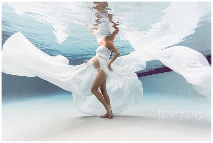 Underwater Maternity by Brandi Image