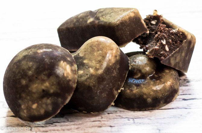 Fudge med fett, full av energi - http://sunndessert.no/fudge-med-fett-full-av-energi/ - #Fett, #Fettfudge, #Fudge - #Snacks
