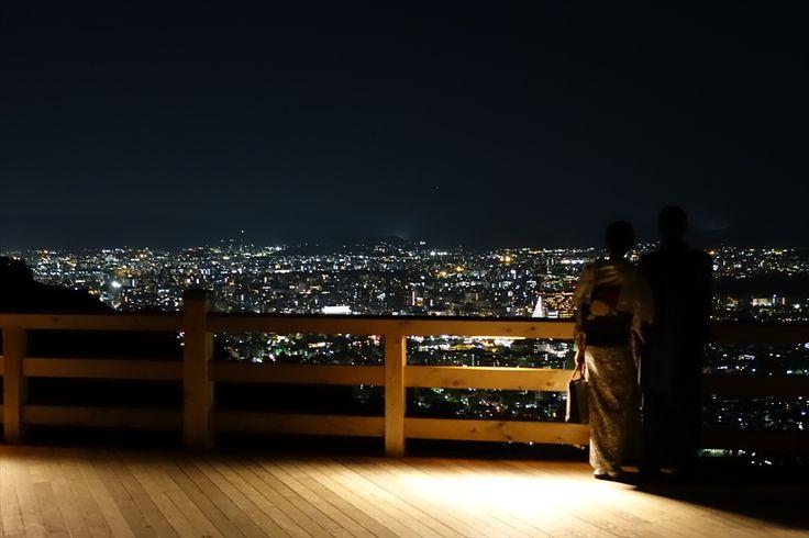 夜景もとってもきれい! : 京都の東山の上に出来た大舞台が凄い!新名所「将軍塚青龍殿」について - NAVER まとめ