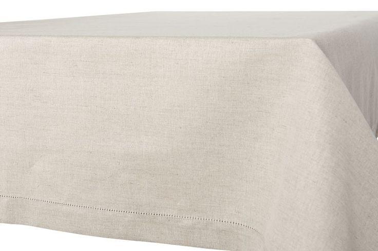 Svetlo sivý ľanovo bavlnený obrus s dutým stehom