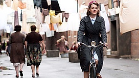 Call the Midwife (BBC)  Seriously, why can't Hollywood start creating some period dramas?  Then maybe some of us would tune in!: Books, London Call Th Midwife, Bike, Periodic Dramas, Call The Midwives, Dramas Watches, British Series, Entertainment, Bbc