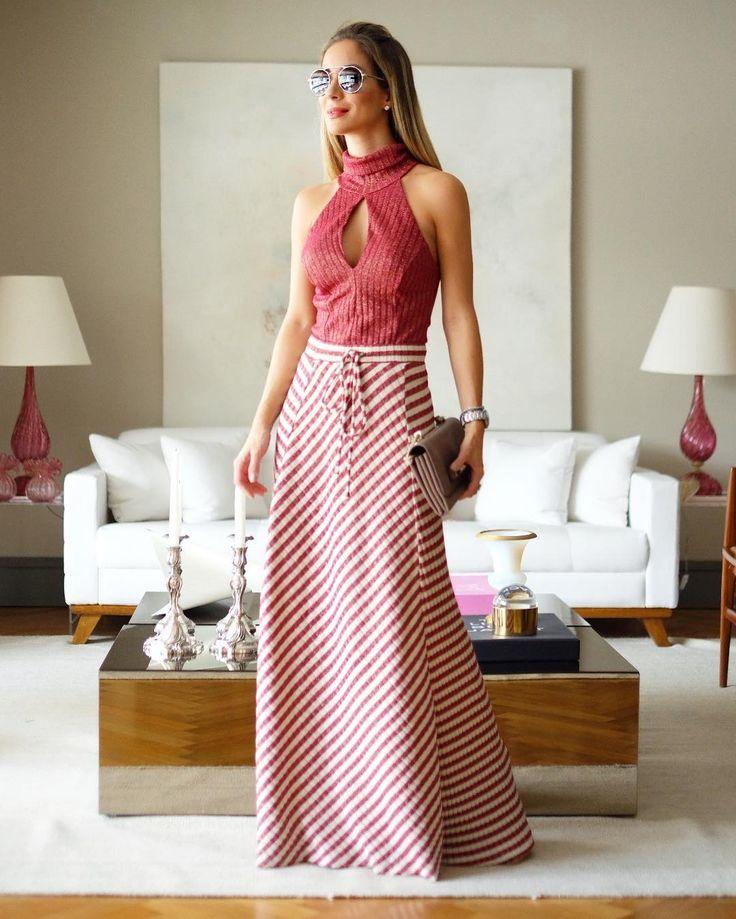 Happy Day!  Saia longa e body de lurex da @lumonteiroloja  meu look escolhido para um dia gostoso!