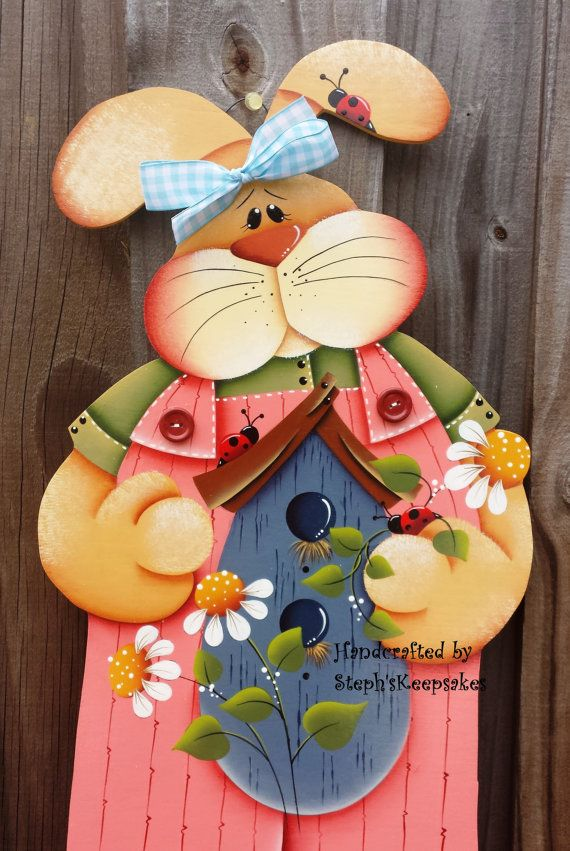 Hand painted Spring  Bunny Hanger Wooden Boy  por stephskeepsakes