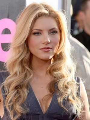 Katheryn Winnick love her on Vikings!!!