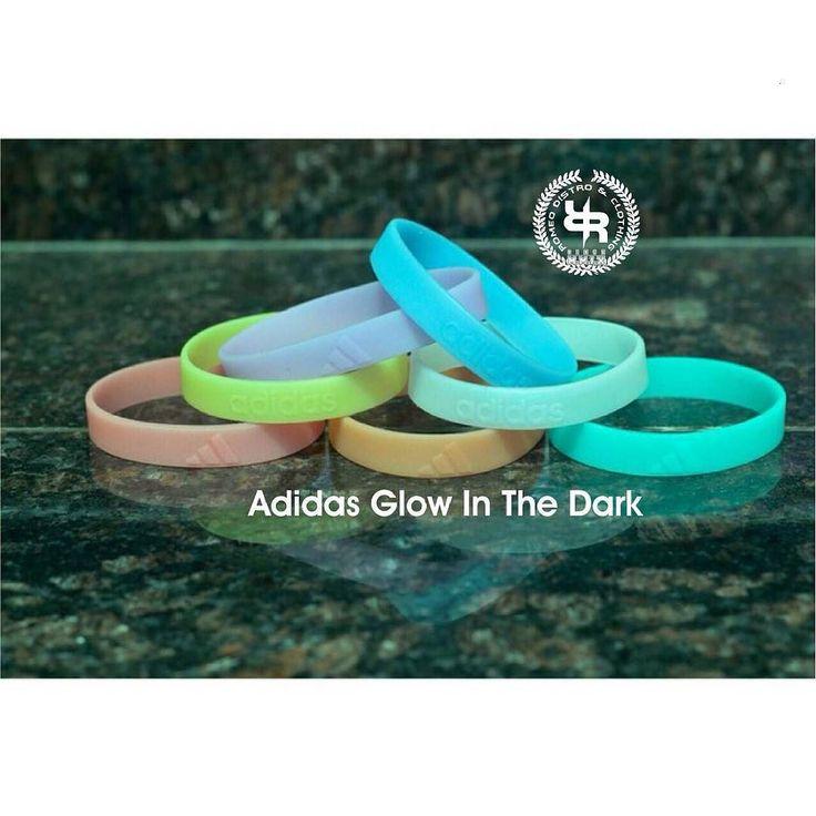 Nike & Adidas Glow In The dark Bracelet cocok buat kamu yg mau Ikutan Uji nyali di tempat gelap atau tersesat dalam kegelapan kenangan masa lalu \M/  mau?? chat aja 33551A21 / 085694504040  #Nike #Adidas #Glow #terang #GlowInTheDark #bracelet #gelang #sport #Embos #keren #cikarang #distro by romeo_distro