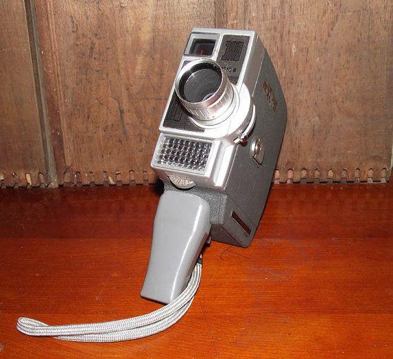 Jelco Automatic 8 8mm Movie Camera circa 1960 by DaytonaVintage, $32.45