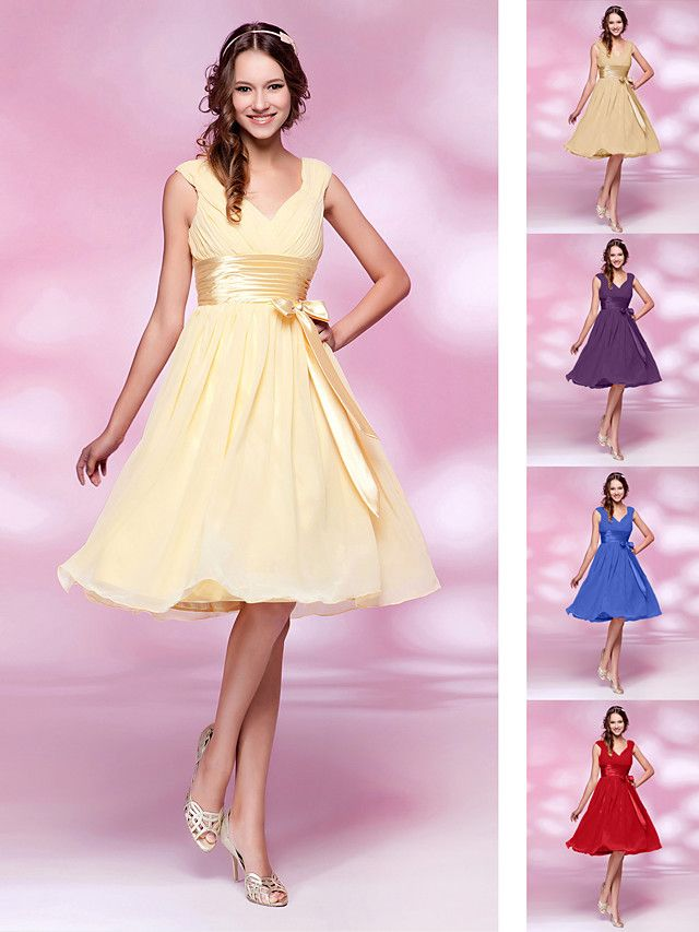 Homecoming Bridesmaid Dress Knee Length Chiffon and Stretch Satin A Line V Neck Dress - USD $ 59.99