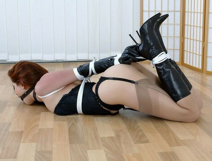 girls in boots and bondage galleries