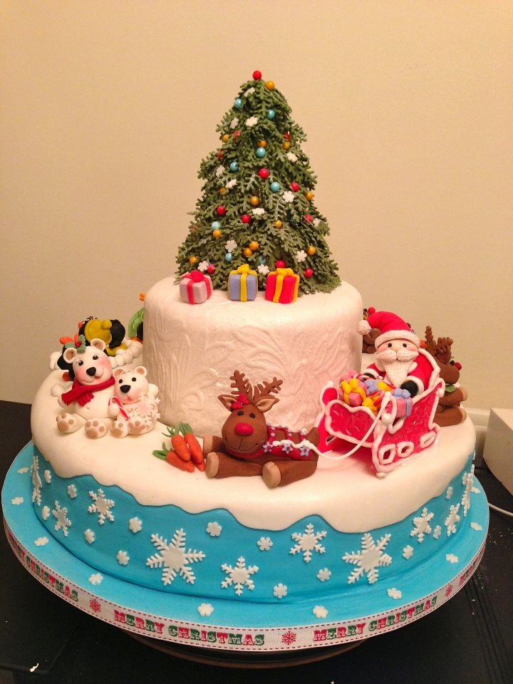 And finally...the ULTIMATE OVERALL winner of the Pretty Witty Cakes Christmas competition - winning a brand new top of the range shinny Kenwood KM010 worth £ 4 9 9 goes to...ELENA KOSTYAEVA from the United Kingdom. We thought this cake was truly exceptional and reveals a true, natural talent. I am sure you will all agree Elena is a very worthy winner of the Ultimate prize. Well done Elena!!!! We will email you with all the details about delivery of your brand new Kenwood later this…