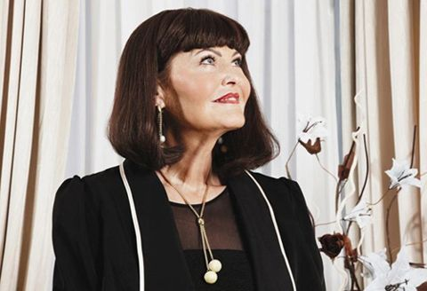 Hilary Devey is an entrepreneur and TV personality. If you want to know about overcoming hardships check out these lessons we can learn from her!
