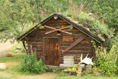 17 best images about hunting hut designs on pinterest for Hunting hut plans