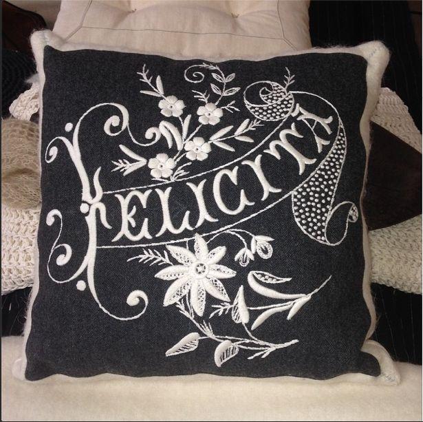 The Happiness Pillow! #gruppodiinstallazione