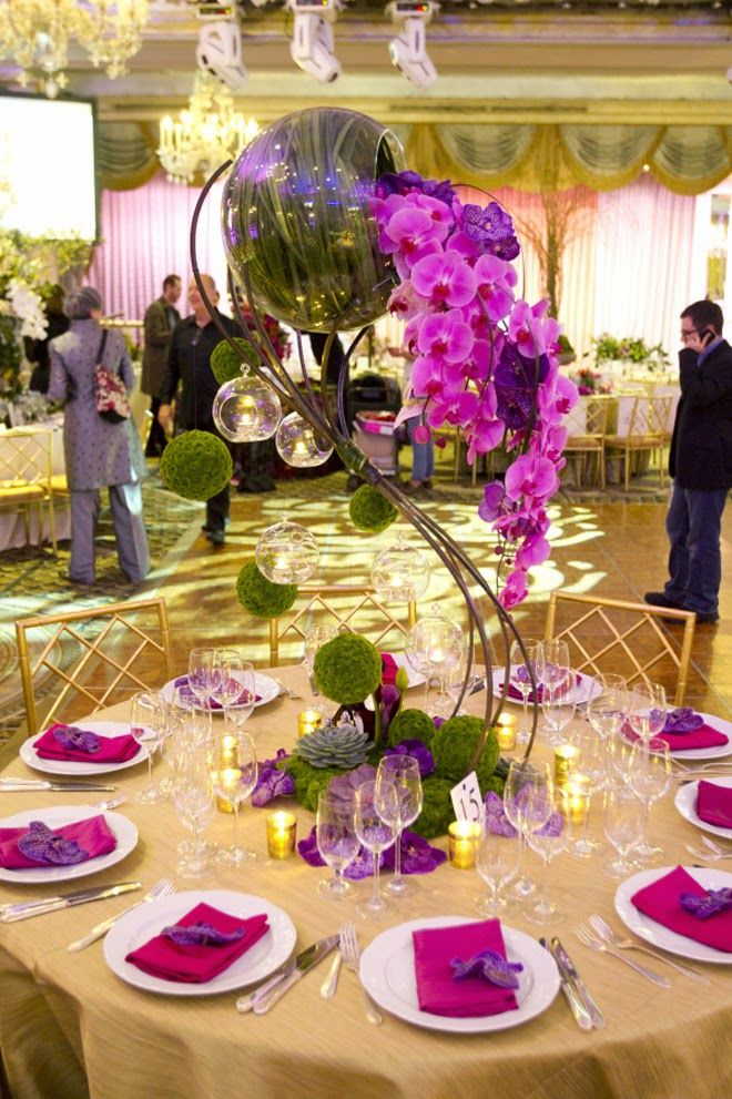 12 Stunning Wedding Centerpieces - 27th Edition - Belle the Magazine . The Wedding Blog For The Sophisticated Bride
