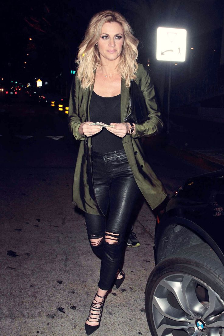 Erin Andrews at Madeo Restaurant #leatherpants #leatherrippedpants