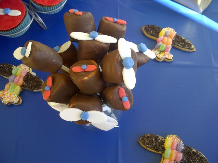 Aeroplane themed chocolate covered marshmellows