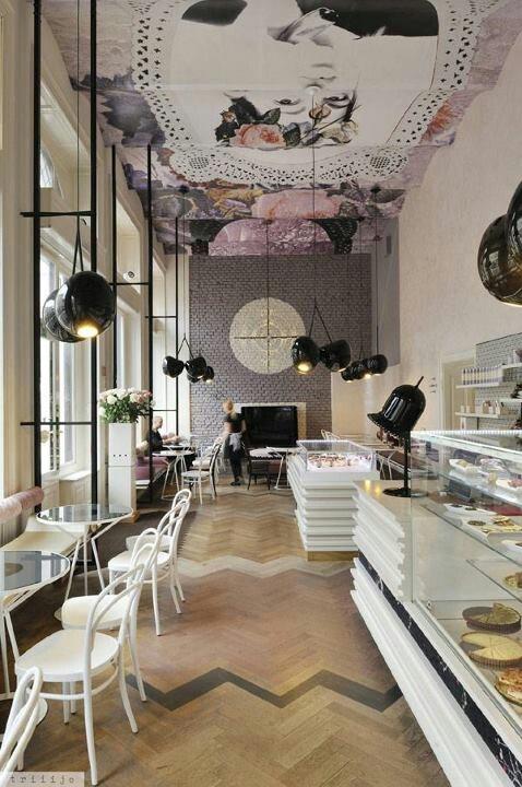 Lolita Coffee House