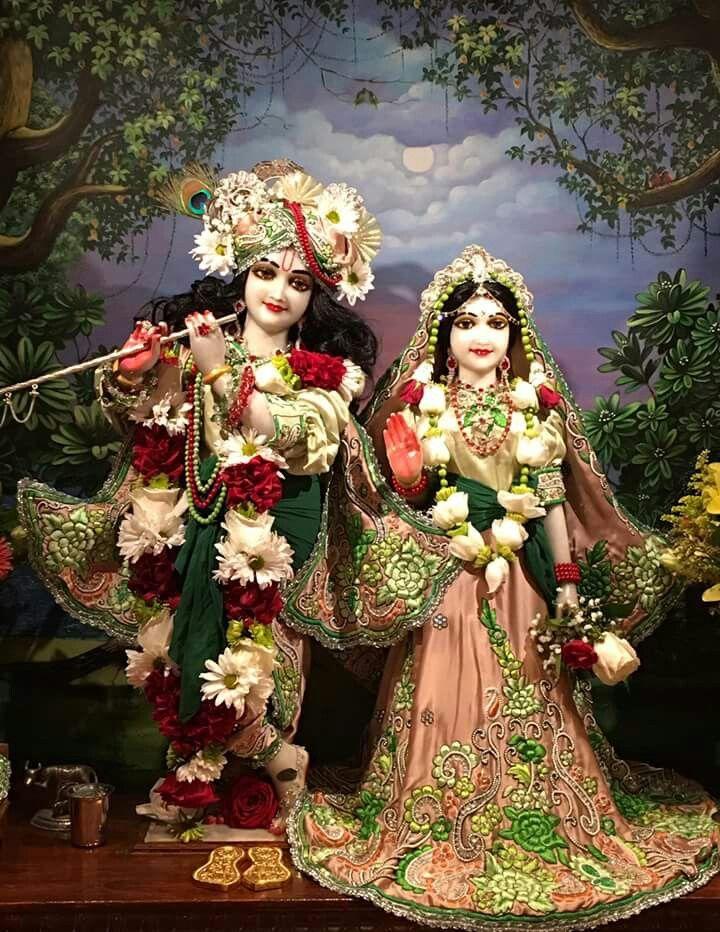 15 best ganpati idols jewelry images on pinterest ganesha idol and goddesses - Radhe krishna image ...