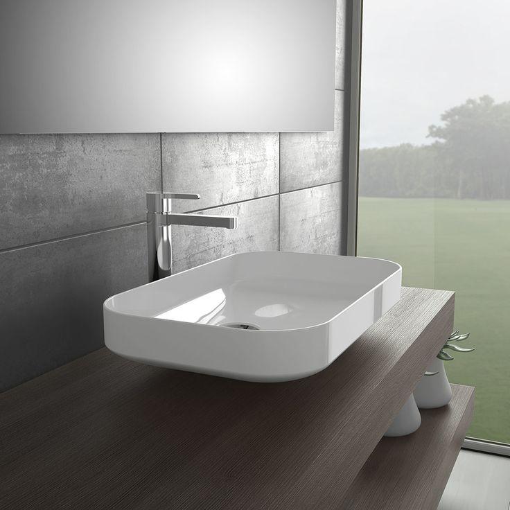 El lavabo SLIM, de Gala, es la pieza que demandan los baños más sofisticados. Con la delicadeza de la porcelana fina como inspiración, este modelo aporta elegancia y distinción.
