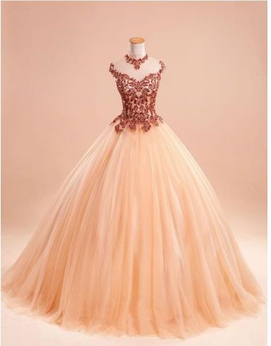 Elegant Sleeveless Ball Gown Lace Formal Evening Dress