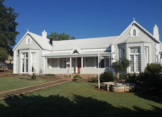 House in Heidelberg, Dunnotter, Gauteng R 2,300,000  Historical Masterpiece  This timeless beauty is a heritage property that was built in 1865. Its classical design offers luxury living with old world charm that is influenced with modern country style finishes.  This is truly an investment for past, present and future that will fill your need for romantic old world living without compromising comfort and luxury.  http://bit.ly/1m57Akb