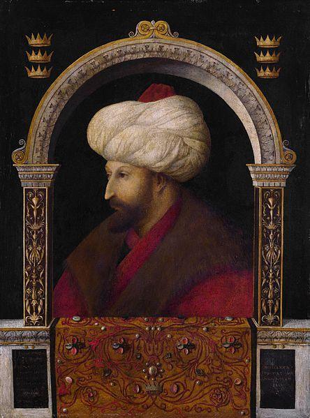 """Sultan Mehmed II in 1479. Portrait by Italian painter Gentile Bellini HADİS :Letüftehanne'l Kostantıniyyete, ve le ni'mel emrü zâlike'l emr, ve le ni'mel ceyşü zâlike'l ceyş"""" Yani: """"Kostantiniye, bir gün fetholunacaktır. Onu fetheden asker ne güzel asker, onu fetheden komutan ne güzel komutandır.""""Hz. Muhammed S. A. V."""