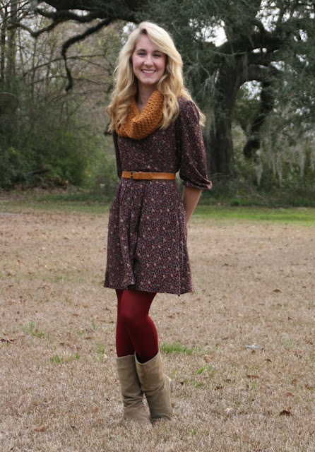 layering: Fashion, Outfit Inspiration, Blood Tights, Fall Wint Wear, Winter Outfitidea, Color Tights, Red Tights, Dark Red, Styles Inspiration