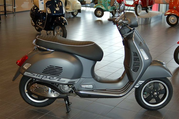 Used Vespa 300 | Vespa GTS 300 Super Scooter 2013 Till salu - Information om ...
