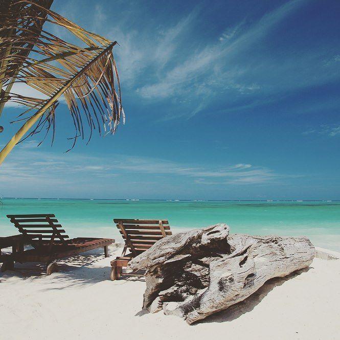 #only77daysleft#beach#bikinisandmartinis #holiday#2016#wirhabensverdient#meer#sonne#strand#palmen#afrika#tansania#zanzibar#malguckenwasgeht#girlsinholiday#love#tbt@tessila2208 by laurali2101 @enthuseafrika
