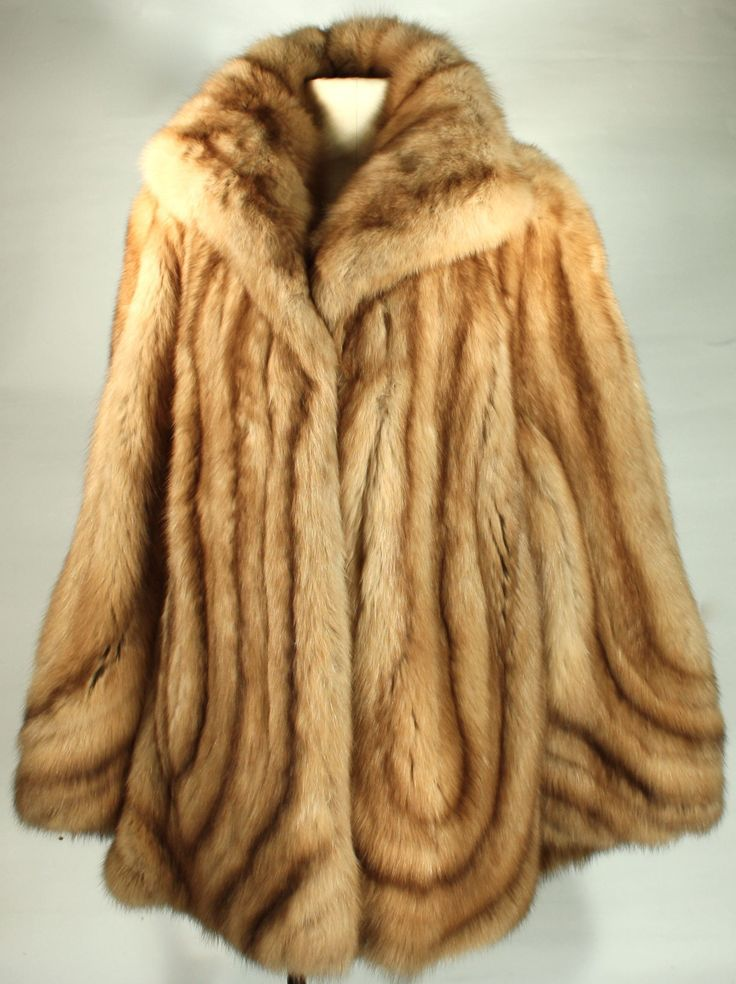 neiman marcus sorbara blonde brown sable fur coat. Black Bedroom Furniture Sets. Home Design Ideas