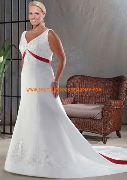 Robe de mariée rouge et blanche de grande taille