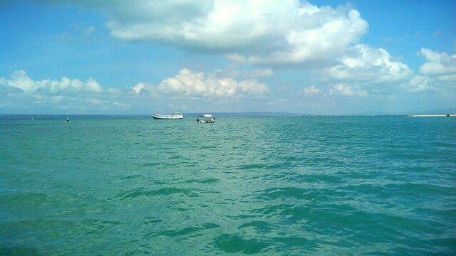 Perairan antara Pulau Madura dan Pulau Poteran.