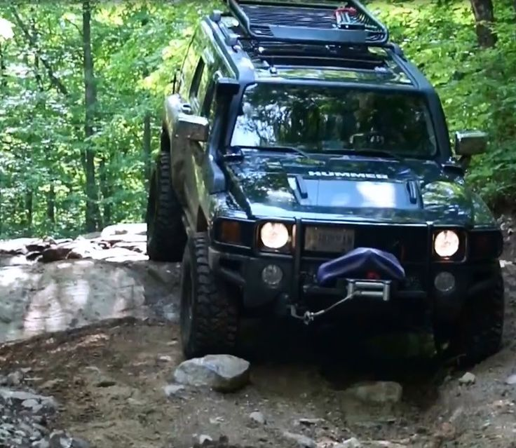 Hummer H3 4X4 OFFROAD Overland Adventure in Canada Woods - Bobcaygeon, K...