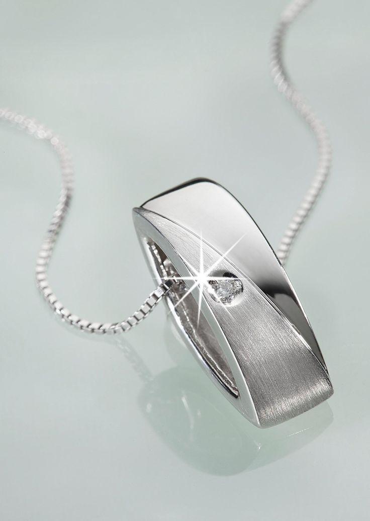 Zarte #Kette aus echtem #Silber mit funkelndem #Diamant ©Atelier Goldner Schnitt   www.ateliergs.at