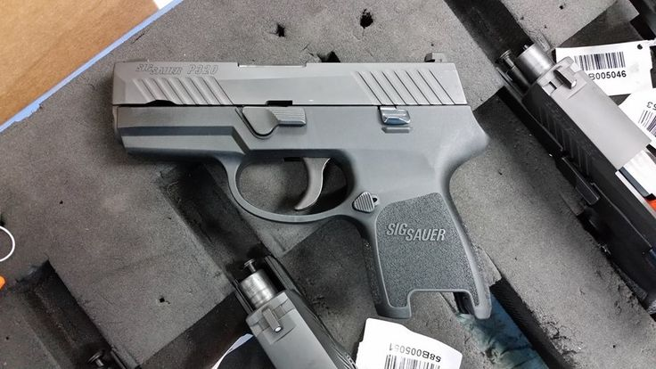 Sig Sauer P320 Subcompact (First official photo from Sig Sauer) #Sig_Sauer_P320_Subcompact