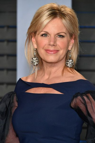 Gretchen Carlson Photos - Gretchen Carlson attends the 2018 Vanity Fair Oscar Party hosted by Radhika Jones at Wallis Annenberg Center for the Performing Arts on March 4, 2018 in Beverly Hills, California. - 2018 Vanity Fair Oscar Party Hosted By Radhika Jones - Arrivals