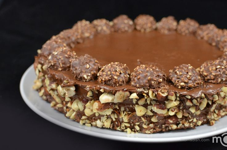 I'm absolutely addicted to Ferrero Rocher candies. They're heavenly and I cannot seem to get enough of them. Perhaps that was my biggest motivation to create an entire cake recipe, based on Ferrero Rocher candies.