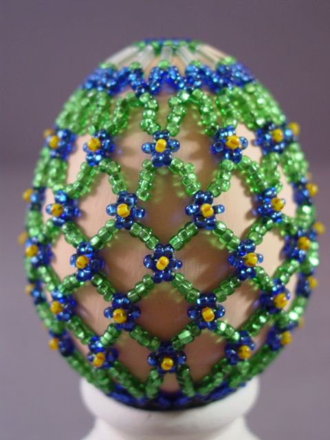beaded: Beading Idea, Beaded Ideas, Beaded Eggs, Beads Ornaments, Beaded Forget Me Not, Beaded Easter, Easter Eggs, Seahawk Colors