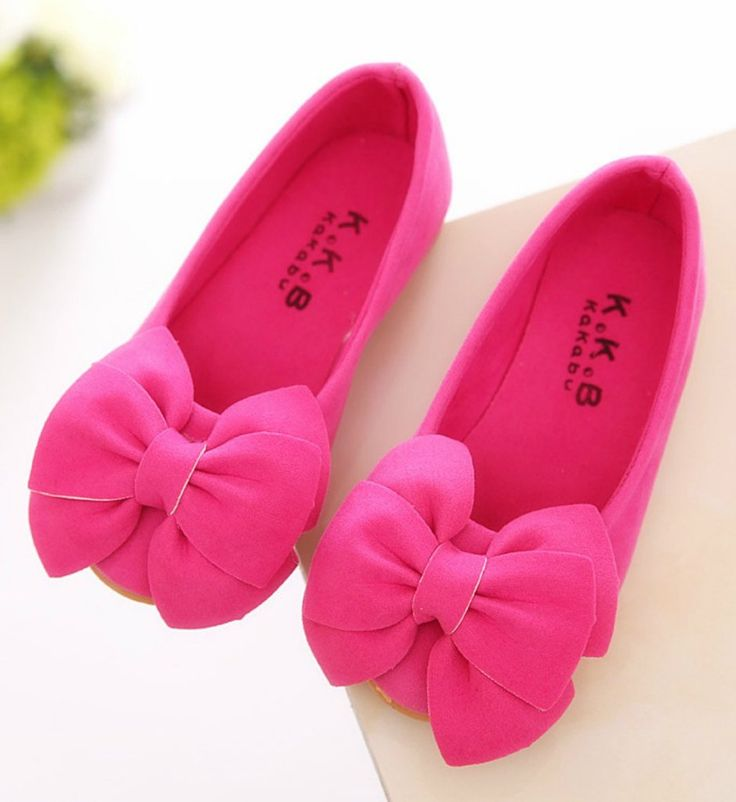 Toddler & Little Girl Shoes-Hot Pink Casual Comfortable Toddler & Little Girl Flower Girl Shoes This very soft shoes made of nubuck leather. It is very resistant to wear. Perfect for weddings, birthday, communion, baptism, christmas or baby shower gift Fit from 2-10 years