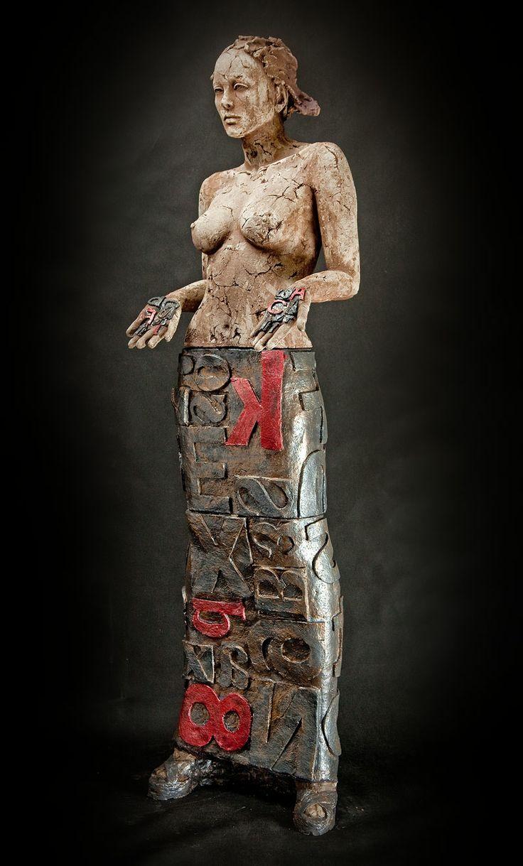 Marek Zyga, ceramic artist. Poland. 6 sculptures at the gallery this moment - www.jonghART.be
